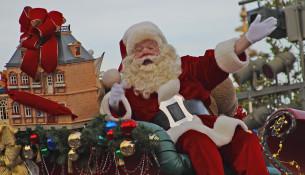 Santa_in_the_Disney_parade