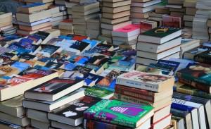 books flea-market-237460_1280