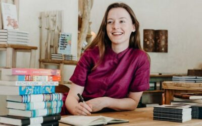 ATG Quirkies: Bookseller in Paradise